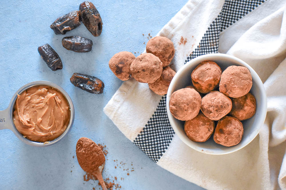 Peanut Butter Brownie Bites: The Perfect, Naturally-Sweetened Snack